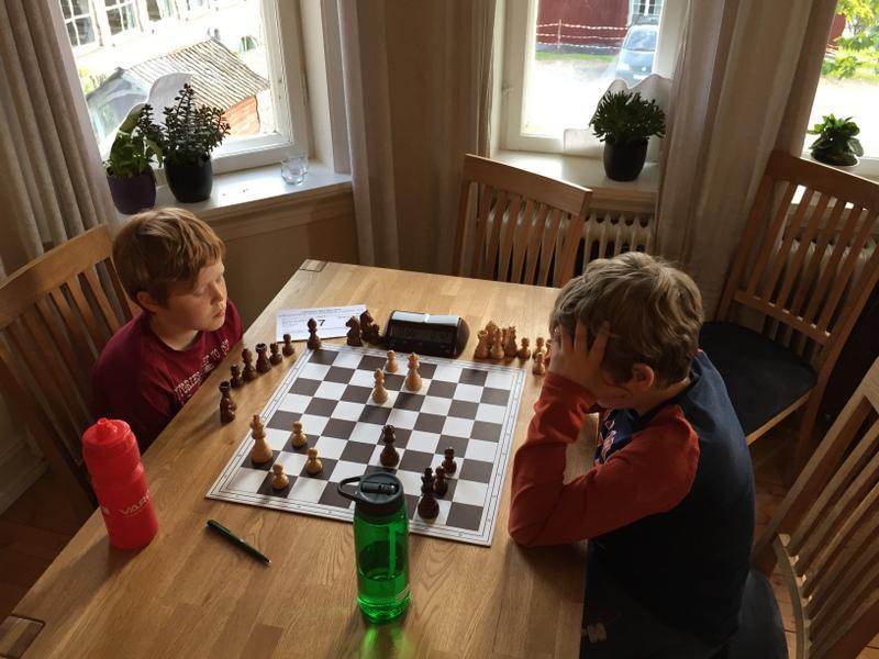 Mathias og Niklas i internt oppgjør